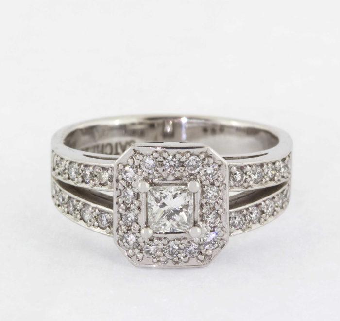 diamond-ring-13-engagement-rings-catalogue-david-batchelor-jeweller-jewellery-design-durban-portfolio-products