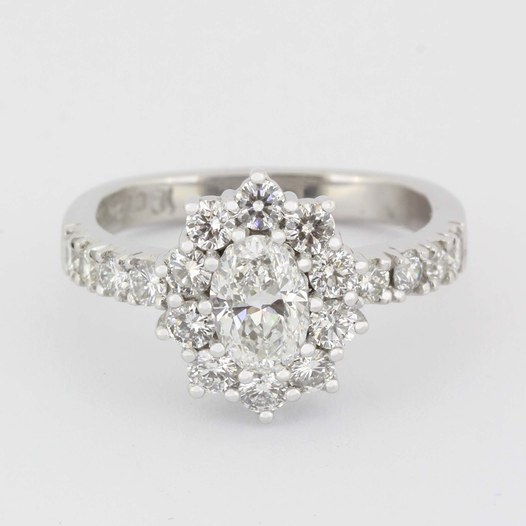 diamond-ring-6-engagement-rings-catalogue-david-batchelor-jeweller-jewellery-design-durban-portfolio-products